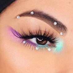 Edgy Makeup, Makeup Eye Looks, Eye Makeup Art, Crazy Makeup, Smokey Eye Makeup, Makeup Goals, Skin Makeup, Eyeshadow Makeup, Makeup Inspo