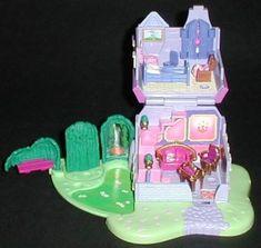 1995 - Cinderella Stepmother's House - Bluebird Toys-    Mattel #14195 Tiny Collection
