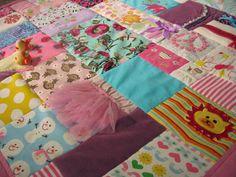 Baby Clothes Quilt - http://www.jellybeanquilts.com