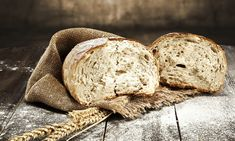 How to Make Homemade Bread: Tips and Easy Recipe - 2019 - MasterClass Baking Flour, Bread Baking, How To Make Homemade, How To Make Bread, Kefir, Zucchini Loaf, Pan Rapido, Japanese Bread, Cranberry Orange Scones