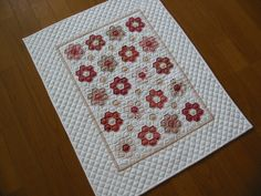 Hexagon Flowers Miniature Quilt