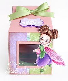 """Latinas Arts and Crafts: Tutorial #16 """"Caja para Cupcake"""""""