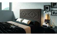 Cabecero choco ideal en dormitorio rústico.  www.colchonesyalmohadas.es
