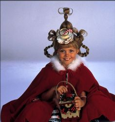 cindy lou who.love the grinch. Ugly Christmas Sweater Party here I come! cindy lou who. Cindy Lou Hoo, Cindy Lou Who Hair, Cindy Lou Who Costume, Whoville Costumes, Whoville Hair, Who From Whoville Costume, Der Grinch Film, The Grinch Movie, Grinch Christmas Party
