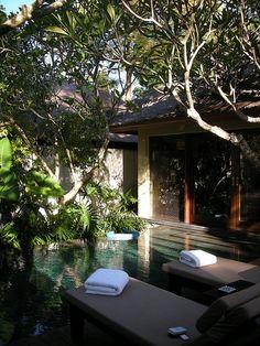 Kayumanis Nusa Dua Villa in Bali, Indonesia (by 伊咩咩).