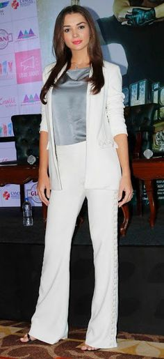 ba0164b6f7a Bollywood Celebrity outfit ideas   workwear  indian office fashion  vipazza