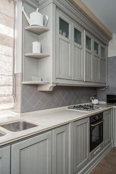 Кухня в стиле Прованс в оттенках серого. Изготовлена по эскизам дизайнера.