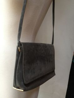 Vintage 1960s gray suede and gold purse shoulder by RightBankGirl, $94.12