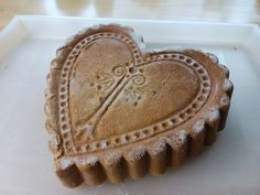 Cake heart nutty butter