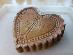 Cake heart nutty butter