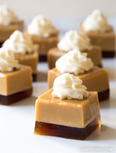 Baileys Irish Cream Jello Shots Recipe - Page 2 of 2 - A Spicy Perspective Easy Jello Shots, Jello Pudding Shots, Jello Shot Recipes, Salad Recipes, Appetiser Recipes, Jell O, Christmas Jello Shots, Biscuits Graham, Dessert Parfait