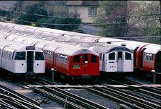 1959 tube stock at DuckDuckGo Rail Transport, London Transport, Vintage London, Old London, London Underground Train, Metro Subway, Buses And Trains, Rapid Transit, London History