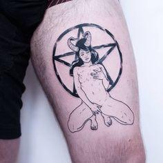 Sexy Poses, Amish, Bordeaux, Devil, Workshop, Sad, Thankful, Tattoos, Book