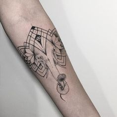 35 Spiritual Geometric Tattoo Designs - Shapes & Patterns Check more at http://tattoo-journal.com/35-elegant-geometric-tattoo-designs/