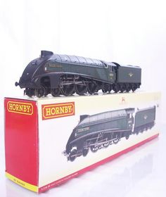 #HORNBY #OOgauge R2340 - BR GREEN CLASS #A4 PACIFIC 60031  #GOLDENPLOVER  - DCC READY