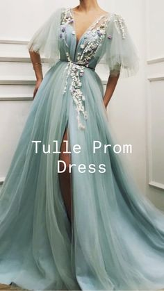 Pretty Prom Dresses, Prom Dresses With Sleeves, Tulle Prom Dress, Gala Dresses, Prom Dresses Blue, Cute Dresses, Beautiful Dresses, Bridesmaid Dresses, Pastel Prom Dress