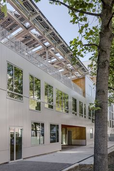 Zero Energy school / Mikou Design Studio