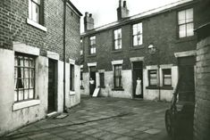 Just yards from the Golden Mile and seafront, this was Pleasant View Pulled down for Police Station and courts Blackpool England, Pleasant View, British Seaside, Police Station, Great Britain, Old Photos, Great Places, Bobs, Homestead