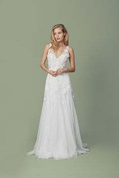 Kleinfeld Bridal carries the largest selection of couture wedding dresses, designer exclusives, plus size wedding gowns, headpieces and accessories. Colored Wedding Dresses, Bridal Dresses, Flower Girl Dresses, Designer Wedding Dresses, Wedding Gowns, Lace Wedding, 2017 Wedding, Wedding Bells, Christos Bridal