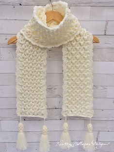 Texture reigns supreme in this exquisite crochet winter scarf pattern! Puff stit… Texture reigns supreme in this exquisite crochet winter scarf pattern! Crochet Scarves, Crochet Shawl, Crochet Stitches, Free Crochet, Crochet Patterns, Hairpin Lace Patterns, Crochet Winter, Unique Crochet, Crochet Accessories