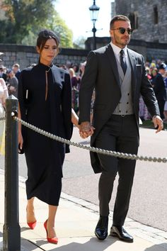 Victoria and David Beckham - Prince Harry and Meghan Markle - Royal Wedding Royal Wedding Guests Outfits, Royal Weddings, Wedding Suits, Wedding Dress, Wedding Cakes, Pippa Middleton, David E Victoria Beckham, Victoria And David, Amal Clooney