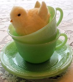 I have the jadeite Jane Ray dishes. Now, I just need the needle-felted chicks to put in the teacups :)