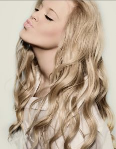 long blonde hair. attempting to accomplish this look over the next year or so. MUST NOT CUT!