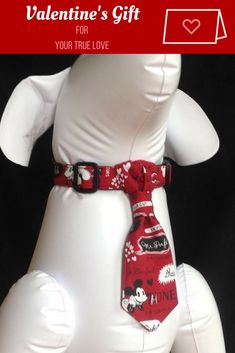 Valentine Dog Collar Neck Tie Set - Vimtage Mickey - Size XS, S. M, L, XL | Funny and cute Mickey Mouse valentines dog collar! #dogs #pets #accessoires #gifts #afflink