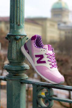 "Women's New Balance 996 ""Gingham"" Pack"