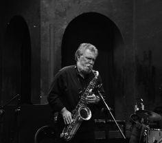 24 Marzo 2017 Ore 18.00 | Biblioteca Angelo Mai Jazz in Città EVAN PARKER SOLO Evan Parker (sax tenore e soprano) #bergamojazz #2017 http://www.teatrodonizetti.it/DoniEditorial/newsCategoryViewProcess.jsp?editorialID=5306