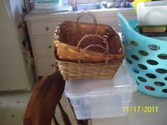 Picture of the baskets and light box.