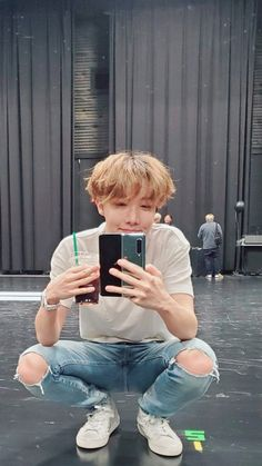 Oh my god, he is so pretty. J Hope Smile, J Hope Gif, Bts J Hope, Foto Bts, Jung Hoseok, J Hope Twitter, J Hope Selca, J Hope Tumblr, J Hope Dance