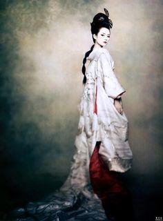Zhang Zi-Yi  Photo by Annie Liebovitz