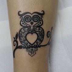 Eu sempre quis fazer uma tatuagem em homenagem à minha avó, mas nunca soube exatamente como resumir em um símbolo tudo que ela representa para mim. Quando um amigo meu da agência me mostrou uma ima…