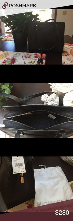"""Michael Kors """"Darien"""" black leather purse. Supple, soft leather tote! This bag is timeless and classic. I bought it for work, but it is too big for travel purposes. It is new with tags, never been used and had the original stuffing, plus dust cover. Michael Kors Bags Shoulder Bags"""