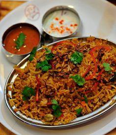 Have some mutton briyani? Bingazz.com | Mutton Briyani - GEM Restaurant, Penang.