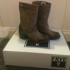 Frye Vera Short Boots-Slate Size 7M PRODUCT INFORMATION: Engineer style pull-on boot. Only worn once.  Measurements: Heel Height: 2 1⁄4 in Weight: 1 lb 7 oz Circumference: 14 in Shaft: 9 1⁄2 in Frye Shoes Heeled Boots