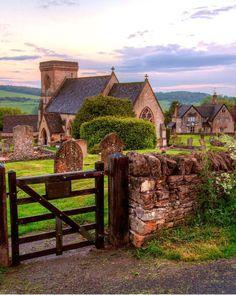 Gloucestershire, England  photo via aryanna