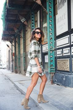 Plaid_Dress-Snake_Bag-Isabel_Marant_Boots-Outfit-Street_Style-3
