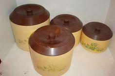 Vintage hard plastic containers storage kitchen Nesting set of 4 Sm, md, lg, xlg in Home & Garden, Kitchen, Dining & Bar, Kitchen Storage & Organization | eBay