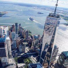 Un peu de hauteur pour admirer le One World Trade Center. :) jcphotogasms