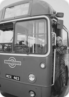 FROCKTASIA: On the Buses