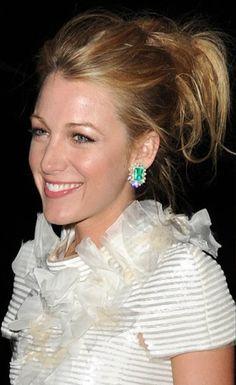 emerald earrings by Lorraine Schwartz