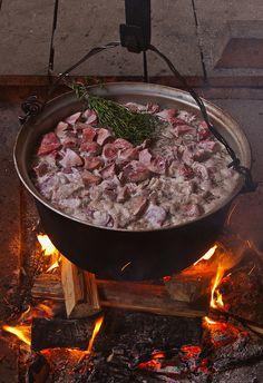 Romanian shepherd's stew