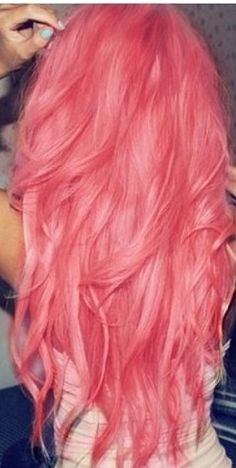 I want to dye my hair so badly!