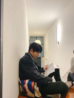 Korean Boys Ulzzang, Ulzzang Boy, Cute Asian Guys, Cute Korean, Teen Web, Korea Boy, Woollim Entertainment, Golden Child, Korean Celebrities