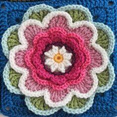 Nilüfer Çiçeği Motifli Bebek Battaniyesi Yapılışı 24