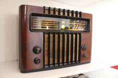 "Marconi M 49 ""Antique radio"", ""Tube radio"" Antique Radio, Timber Wood, Tube, Art Deco, Antiques, Vintage, Advertising, Poster, Wood Ceiling Beams"