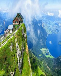 Anyone want to live on the edge of a cliff/mountain? - #tinyhouse #tinyhouses #tinyhome #tinyhomes #tinyhousemovement #tinyhouseliving #offgrid #tinyliving #mobilehome #mobilehomes #offgridhomes #offgridliving #THOW #tinyhousing #mobileliving by tinyhouseinspired