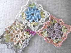 Susan Pinner: ONE OF MY ORIGINAL Daisy pattern, up date with a lacy join as you go
